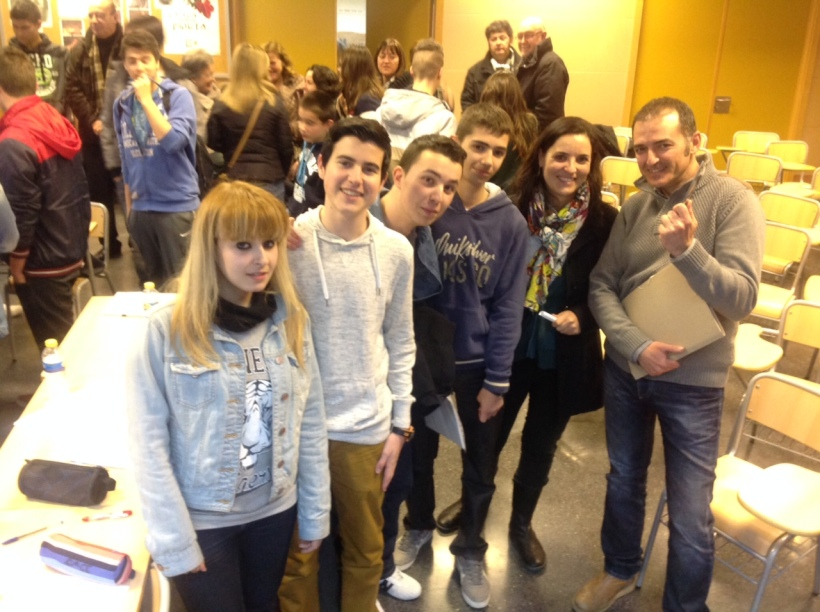 IES-Isabel-de-Villena-Lliga-Debats-filosofia
